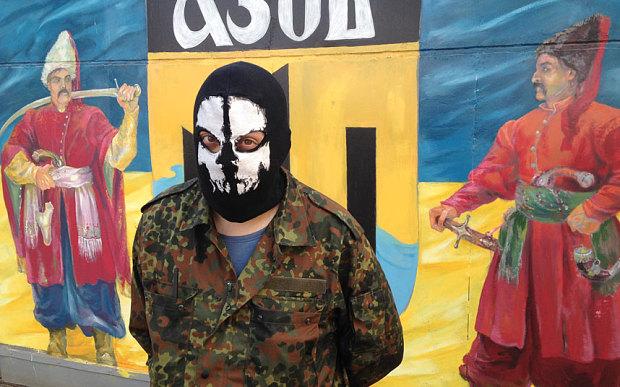 ukraine-neo-nazi-5_3002183b